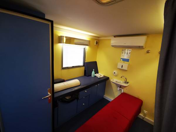 cabinet-mobile-urgence-osteopathes4